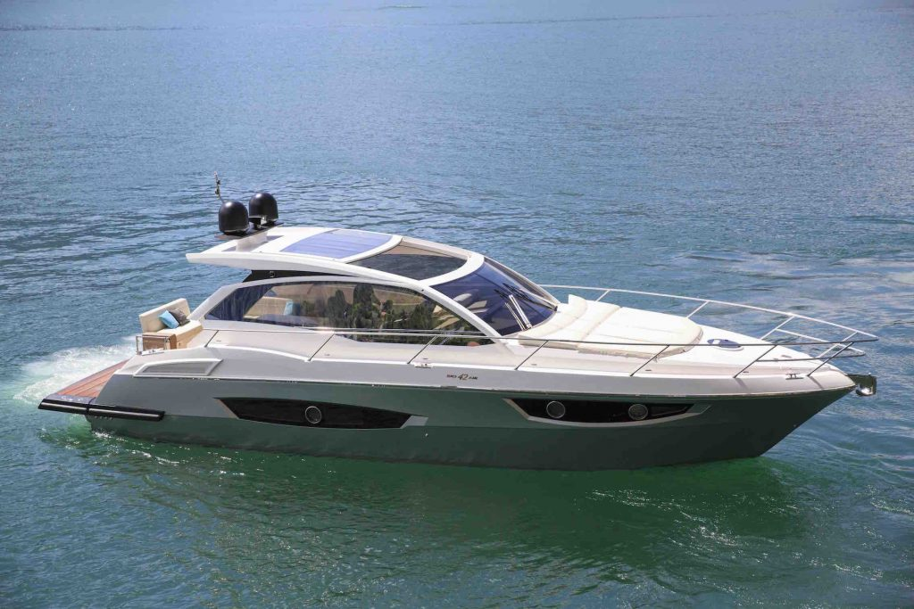 Rio Yachts 42 Air restyling