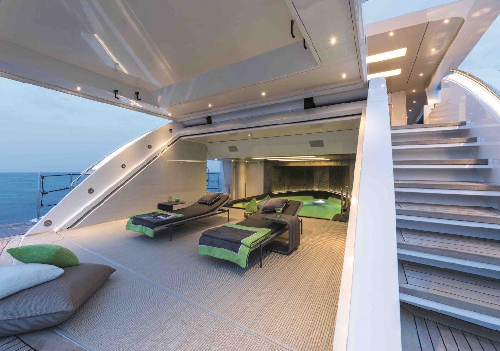 wider 150 high-tech megayacht