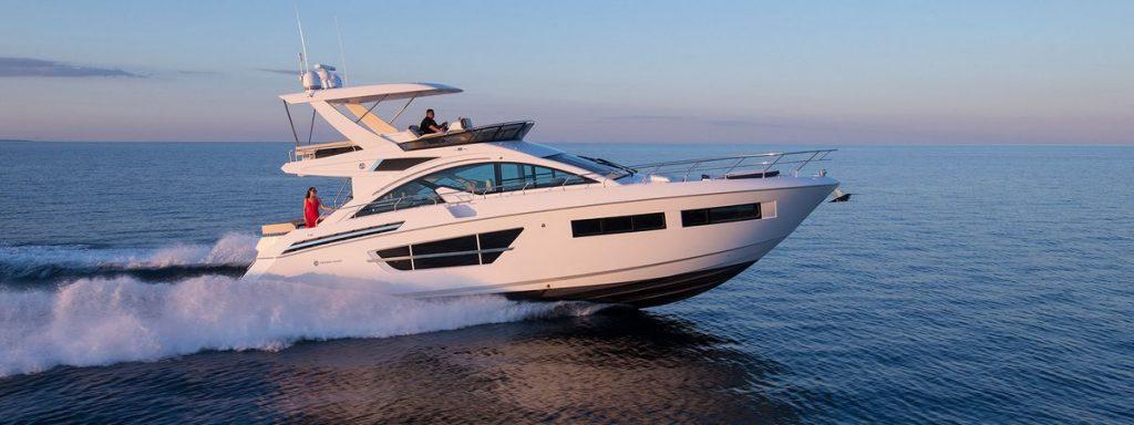 Cruiser Yachts 60 Fly