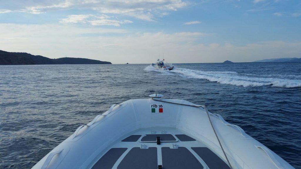 zar 16 rib suzuki df 40 porto ercole pilots round italy travel