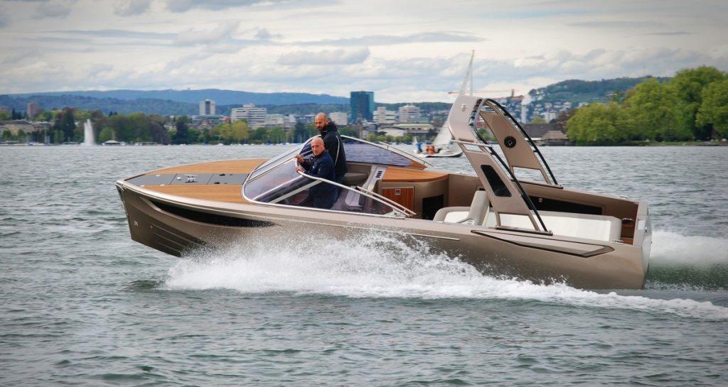 Ganz Boats Ovation 7.6