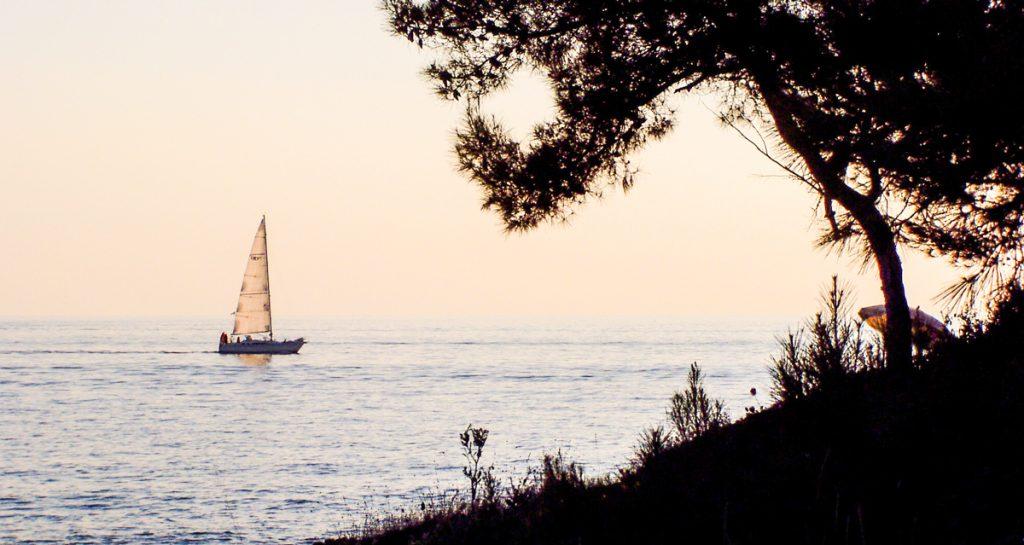 boat holiday safe cruise