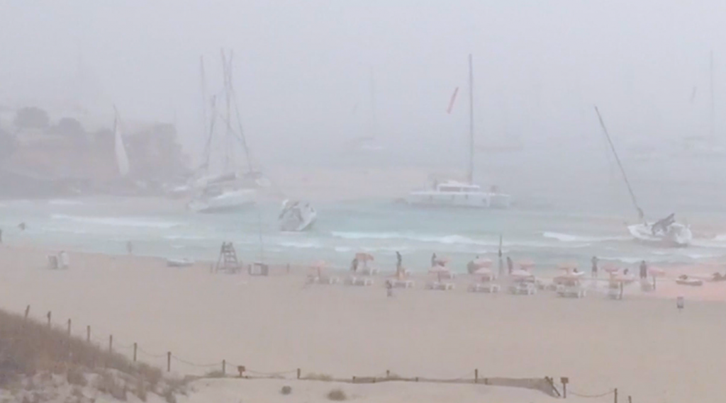 Fear in Ibiza squall yachts stranded