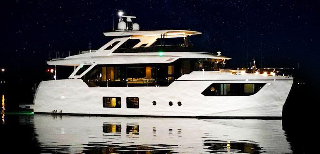Navetta 73 Absolute Yachts