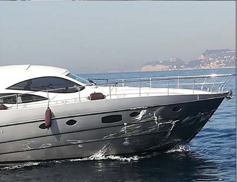 hydrofoil-yacht collision