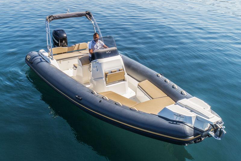 Nuova Jolly 700 XL, bow 1
