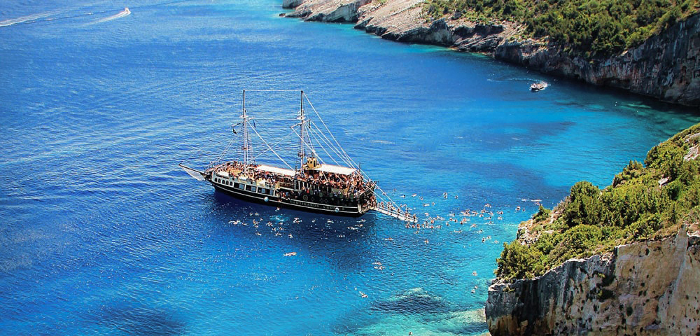 Day Charter in Greece