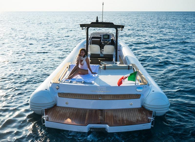 Magazzù MX 12 Gran Sport, stern