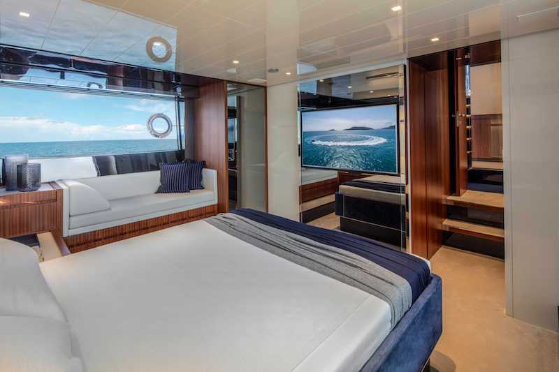Riva 66 Ribelle, master cabin