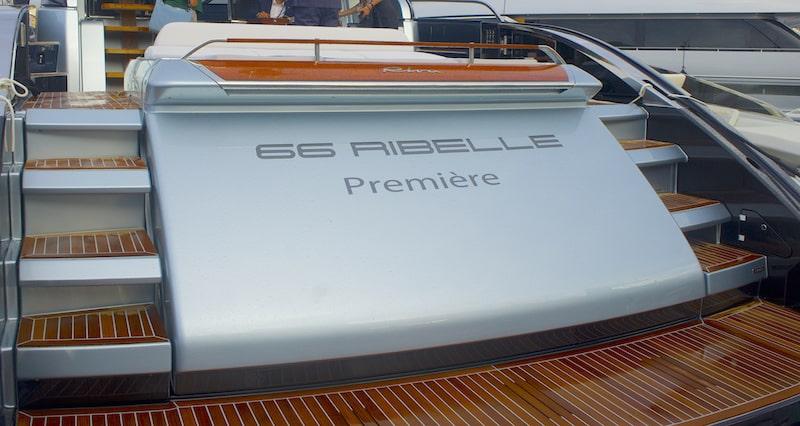 Riva 66 Ribelle, stern