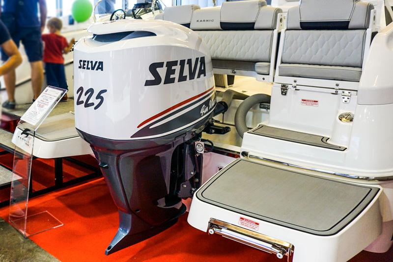 Selva Fin Whale 225hp engine
