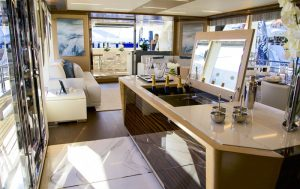 Ocean Alexander 90R, interiors