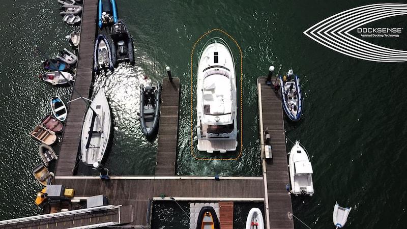 Raymarine DockSense, safe docking