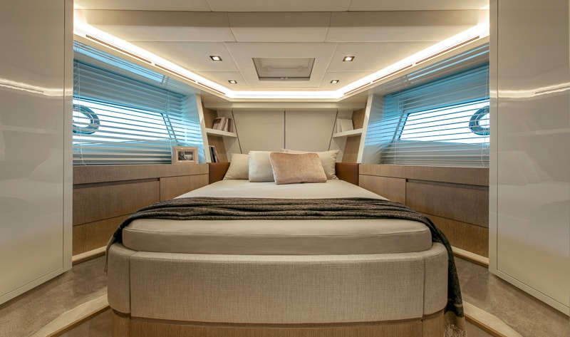Montecarlo Yachts MCY 70, VIP cabin