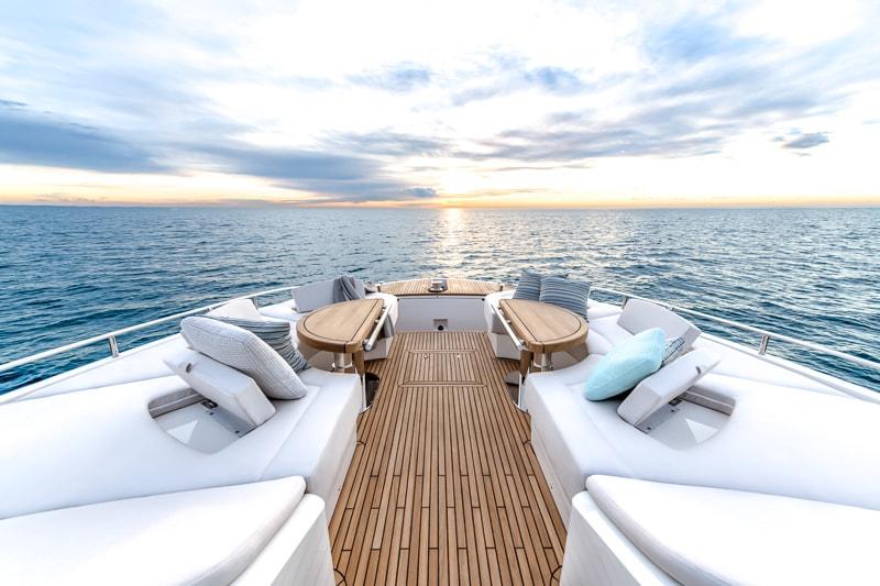 Montecarlo Yachts MCY 70, bow lounge