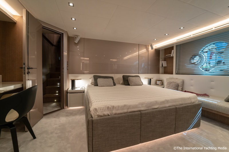 Montecarlo Yachts MCY 70, master cabin