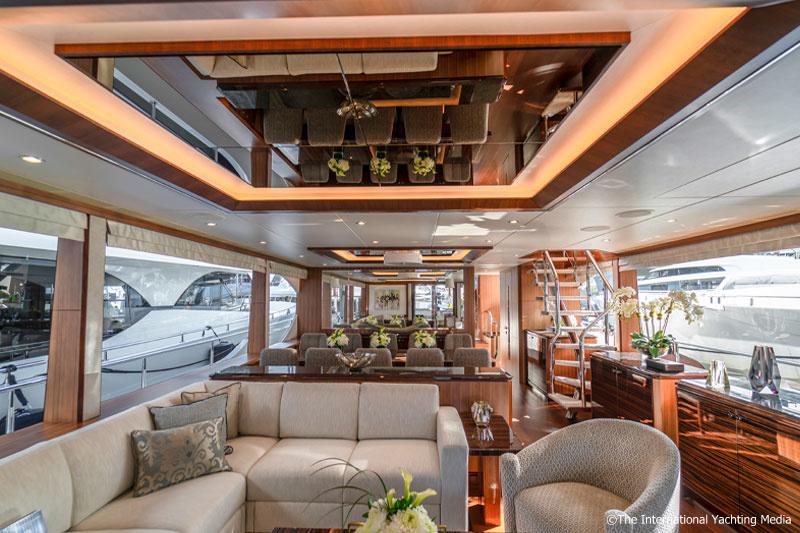 Ocean Alexander 100, interiors