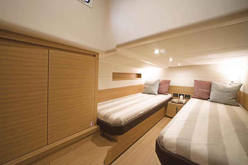 Pardo 50, guest cabin