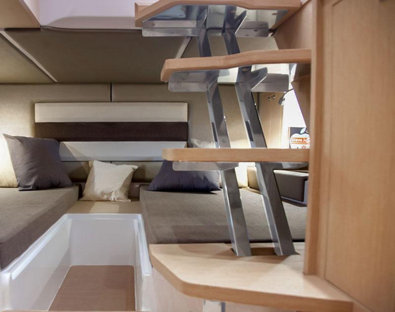 Ranieri 370 SH America, second cabin