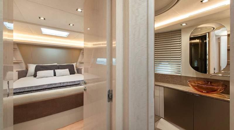 MCY 66, VIP cabin