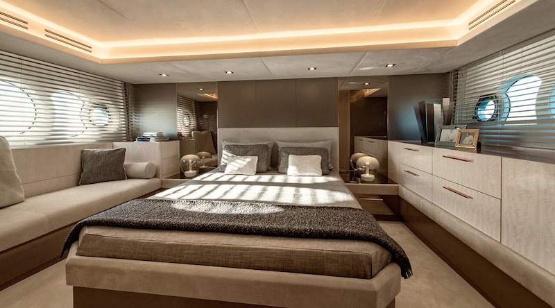 MCY 66, master cabin