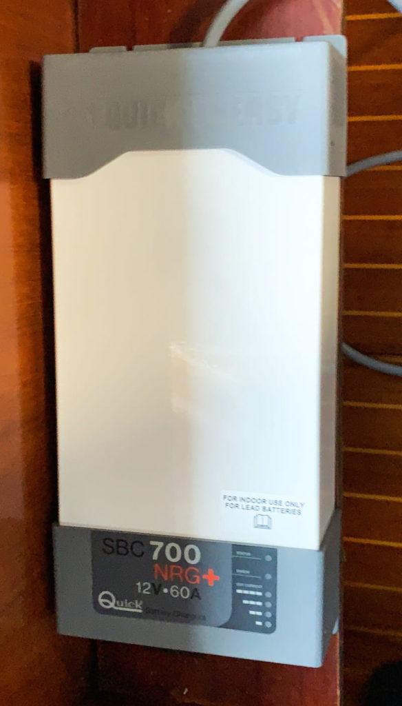 Quick SBC700 charger
