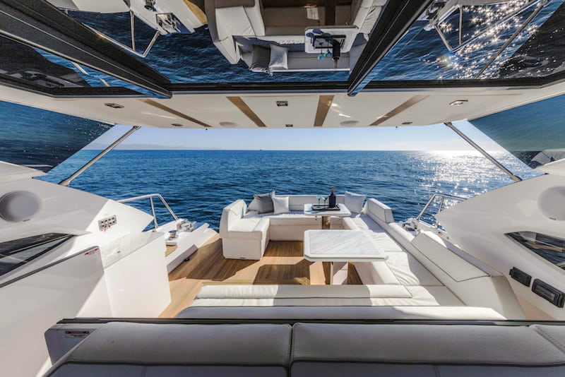 Rio Yachts Sport Coupe 56, cockpit and dinette
