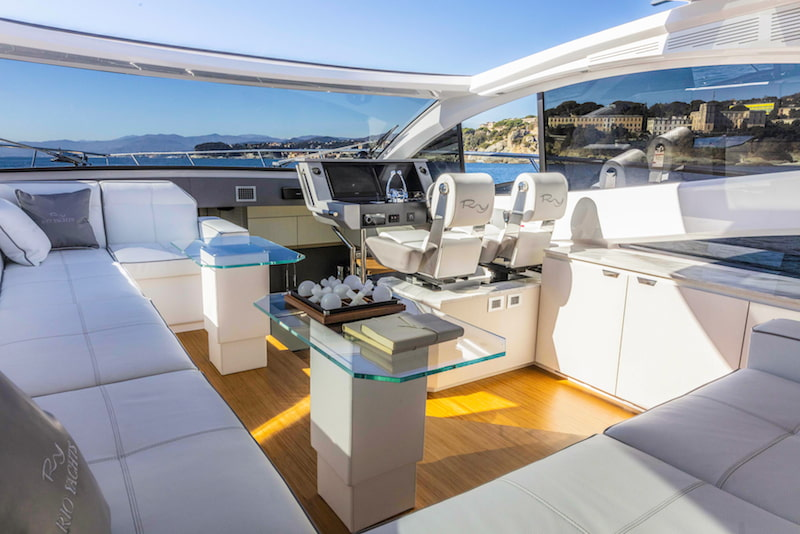 Rio Yachts Sport Coupe 56, dinette