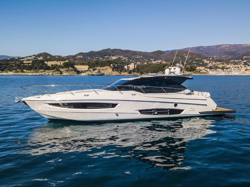 Rio Yachts Sport Coupe 56, lines