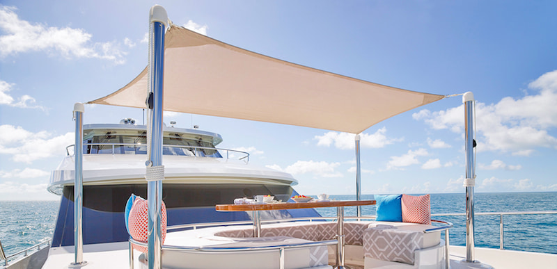 Ocean Alexander 100 Skylounge, fore sun pad