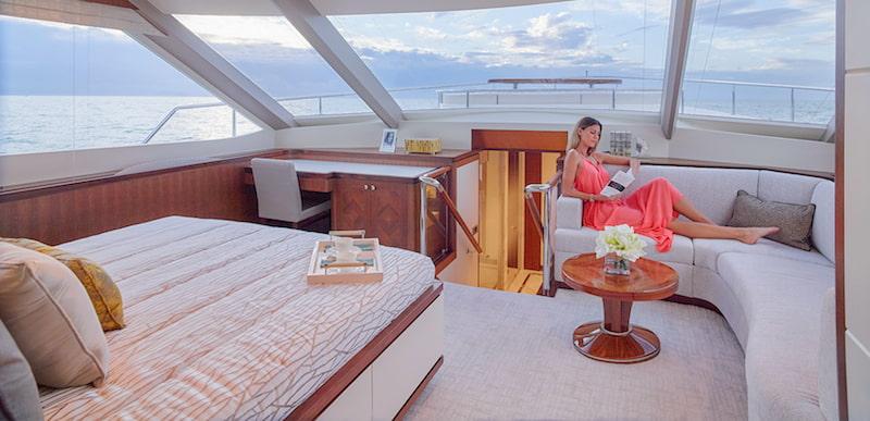 Ocean Alexander 100 Skylounge, master cabin
