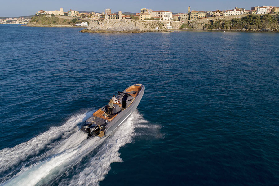 Zar 95 SL Sport Luxury, side