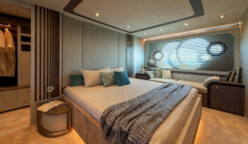 MCY76, master cabin
