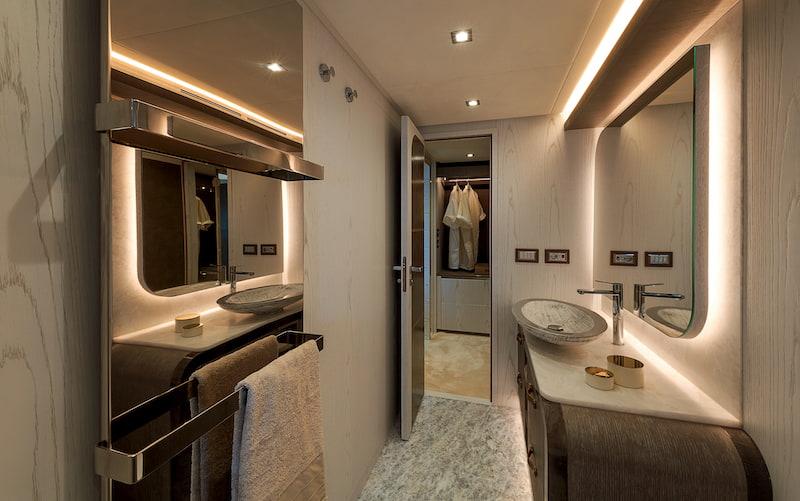 MCY76, master cabin bathroom