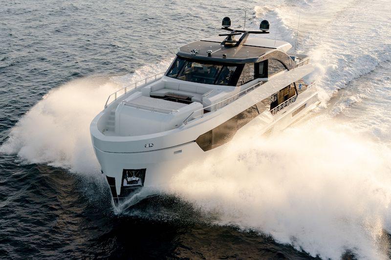 Ocean Alexander 90D