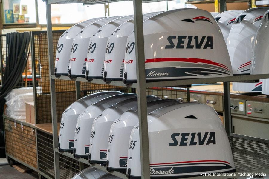 Selva Marine, engine cover