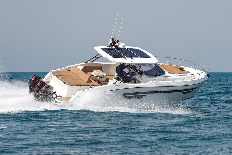 Oryx 379 at sea