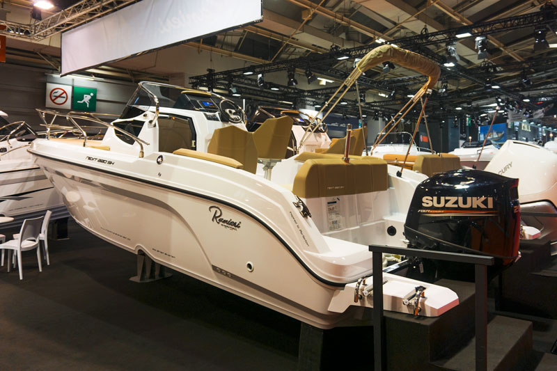 Croatian Boat of the Year, booth