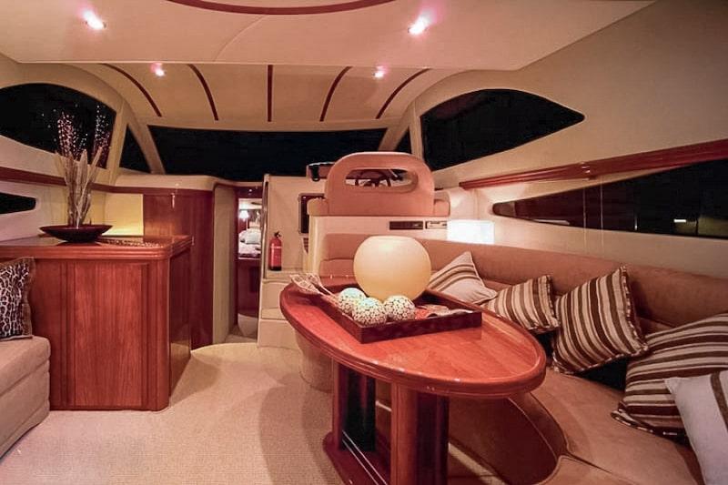 Rodman 38 Fly interiors