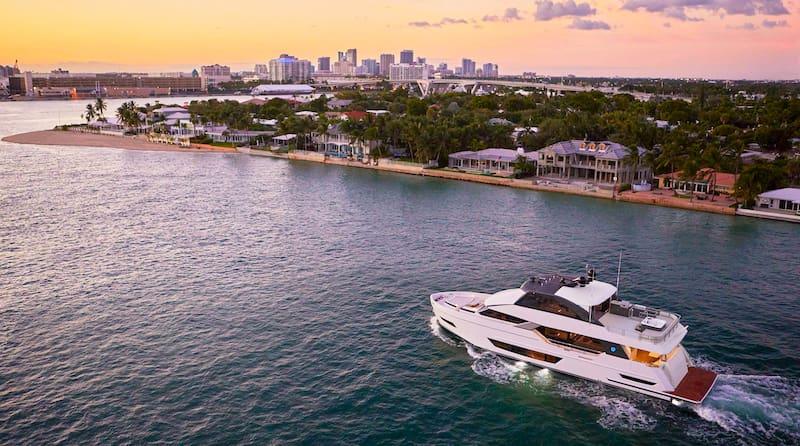 Ocean Alexander 84 R,Fort Lauderdale