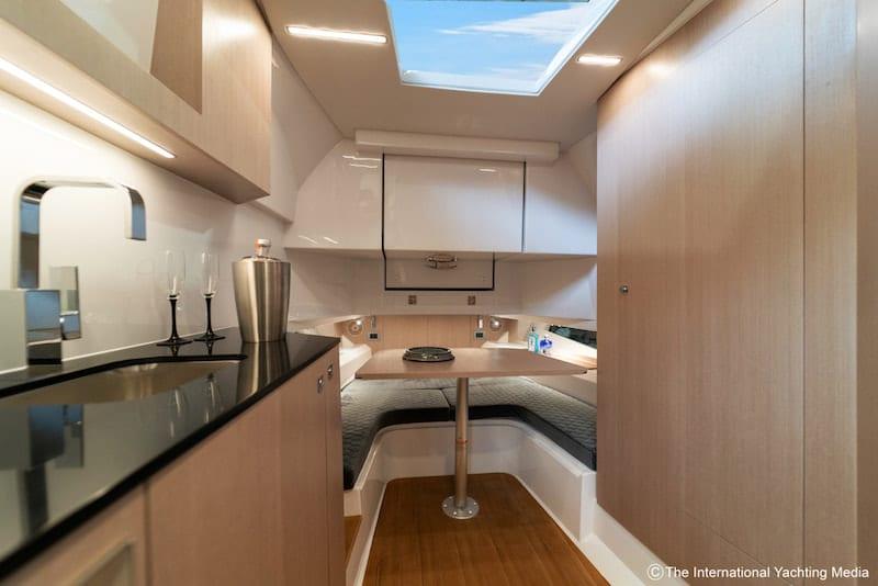 Prince 50, interiors