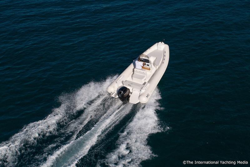 Nuova Jolly NJ 650 XL wake