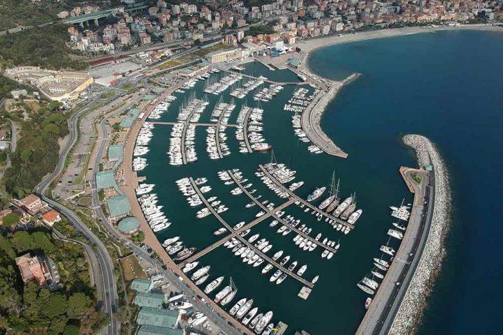 tourist ports