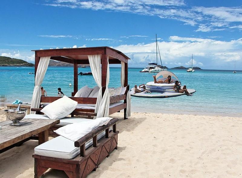 Luxury-Island-Privè-beach-club