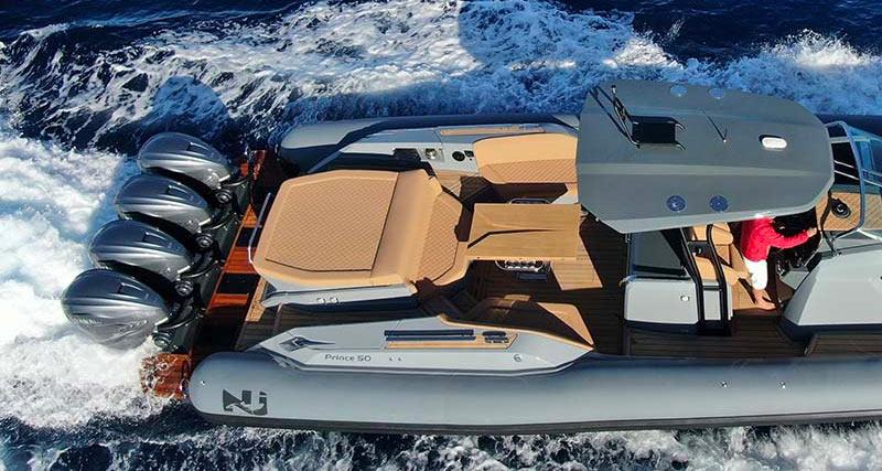 Nuova Jolly Marine Prince 50, stern