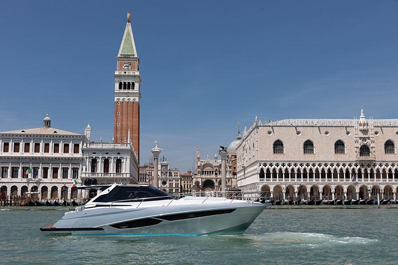 Rio Yachts Paranà 38 in Venice