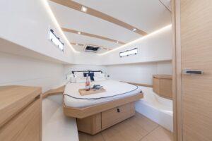 Pardo 38 cabin