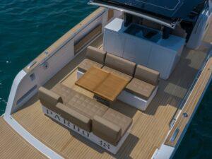 Pardo 38 deck
