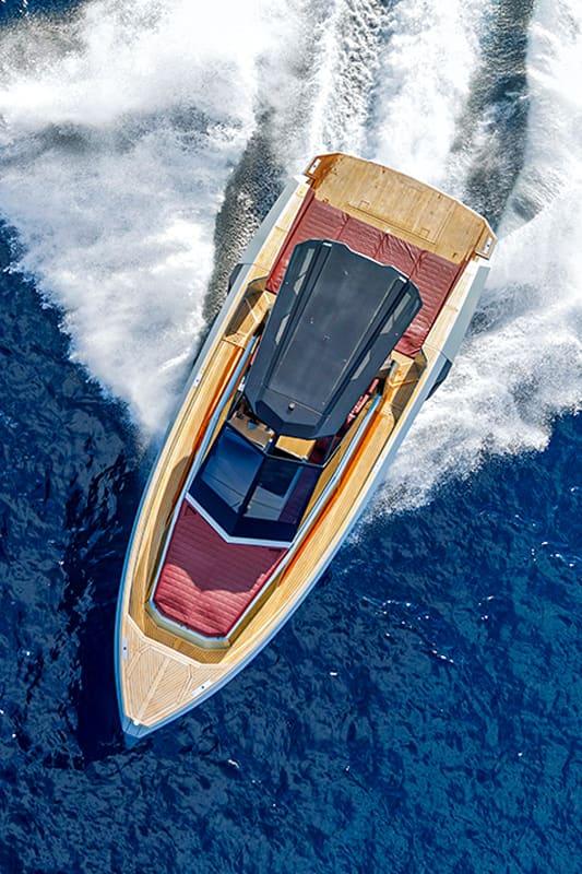 Evo Yacht R4