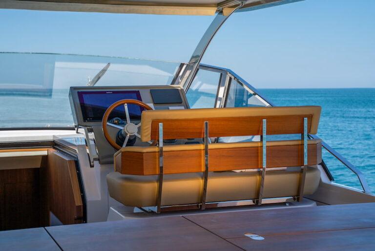 Franchini-Mia-63-steering-console